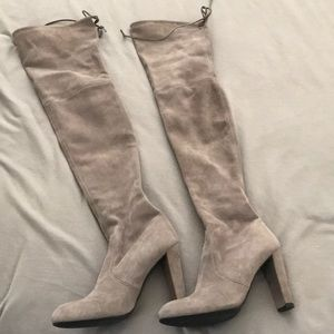 Authentic Stuart weitzman grey suede. Worn once